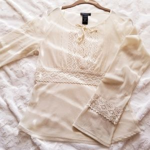 EMBROIDERED Detail Feminine TRANSLUCENT Blouse